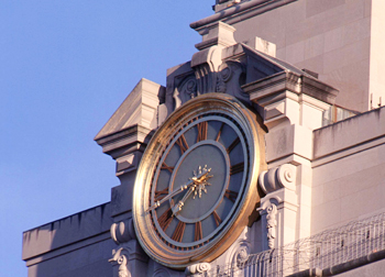 Image of the clock on the UT Tower